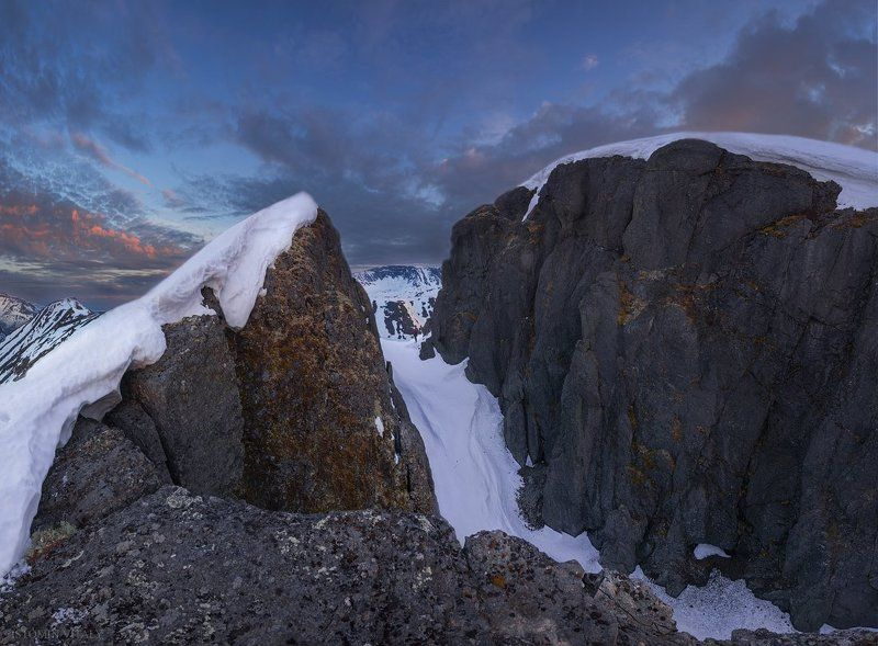пейзаж,горы,панорама,лето,снег,перевал,горы,россия,кольский,север,небо,тень,человек,высоко,перспектива Прогулки по Хибинамphoto preview