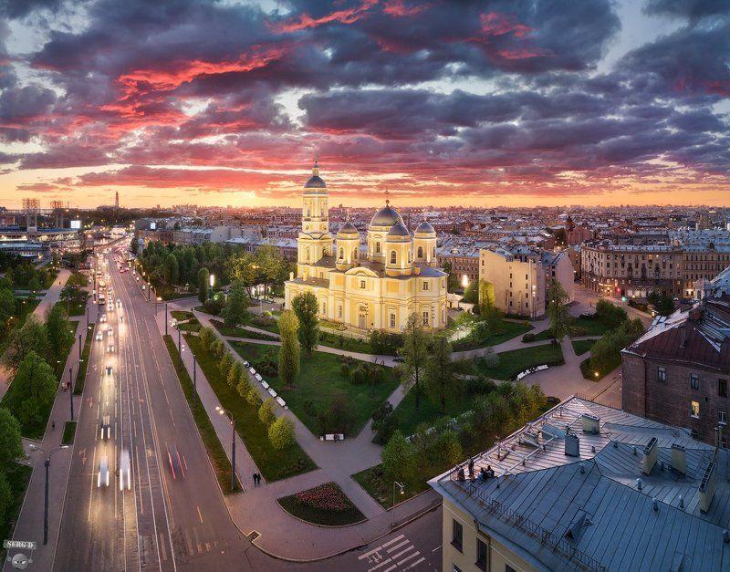 Князь-Владимирский собор, Успенский скверphoto preview