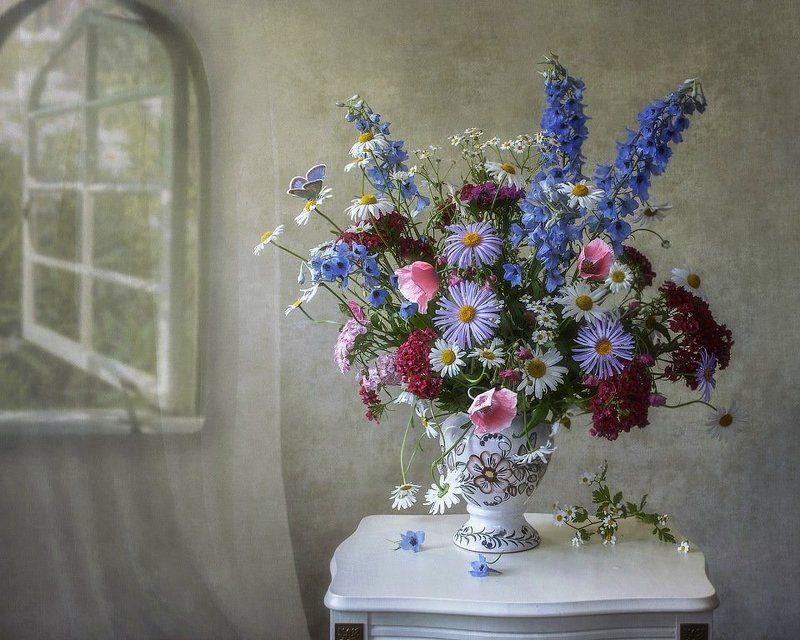 натюрморт, лето, утро, букет цветов, садовые цветы Прохладное летнее утроphoto preview