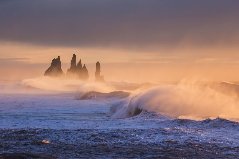 iceland reynisdrangar sunrise Strong wind on Reynisdrangar 2.photo preview