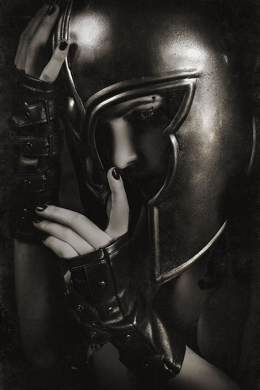 woman, helmet, spartan, studio, light, mood The most important thing to know is what to die forphoto preview