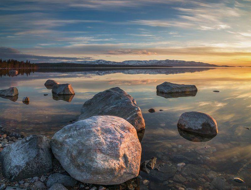 пейзаж,перспектива,ночь,горы,снег,небо,облака,отражение,свет,тень,цвет Безмятежностьphoto preview