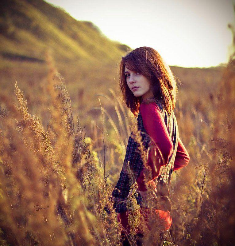 девушка, портрет Katephoto preview