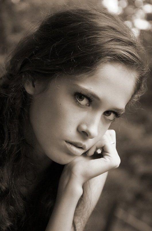 портрет, девушка портретикphoto preview