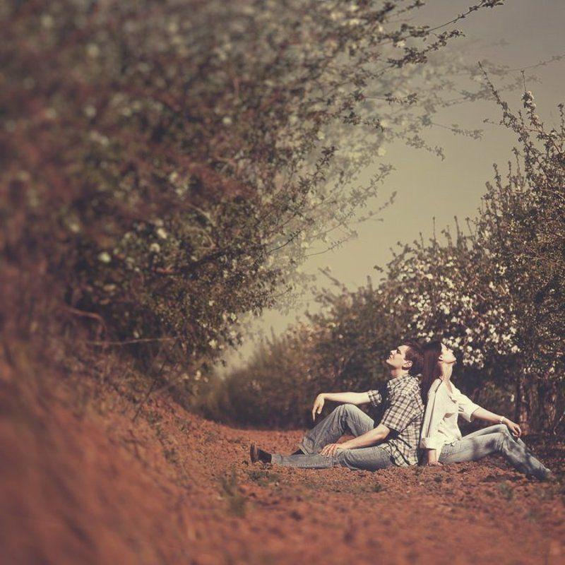 лавстори, любовь, пара, сад, цветы, яблони, волна Волнаphoto preview