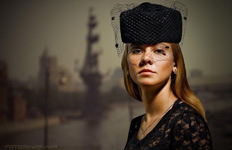 шляпка, вуаль, лицо, глаза, фон, fotografkotoff, губы, гламур, ретро, стилизация Женский портрет в шляпке с вуальюphoto preview