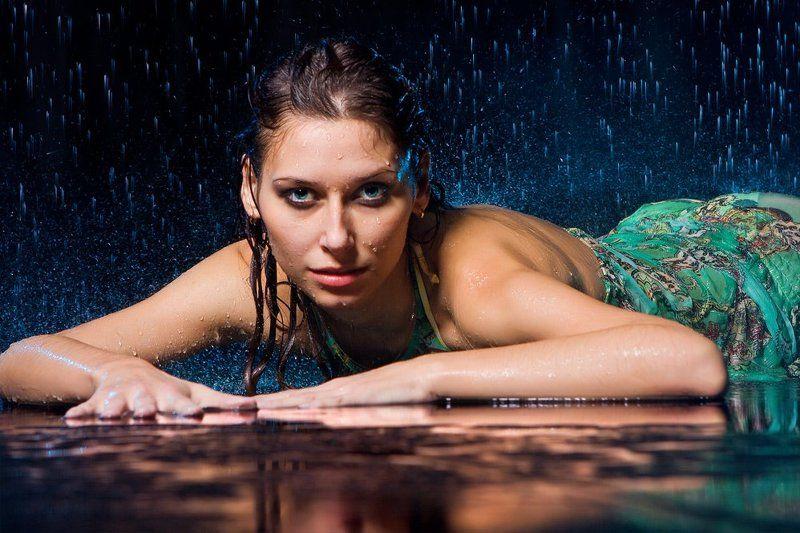 И муза призрачных материй прольется музыкой дождя...photo preview