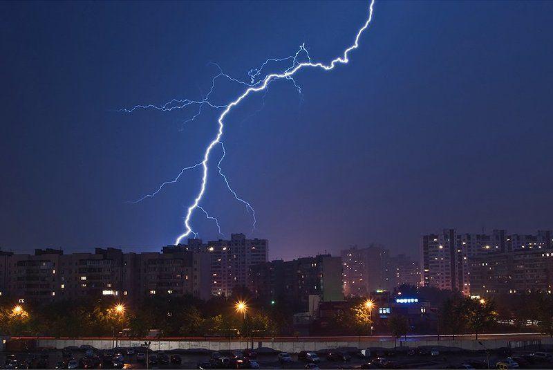 молния, стихия небо, ночь Громовержецphoto preview
