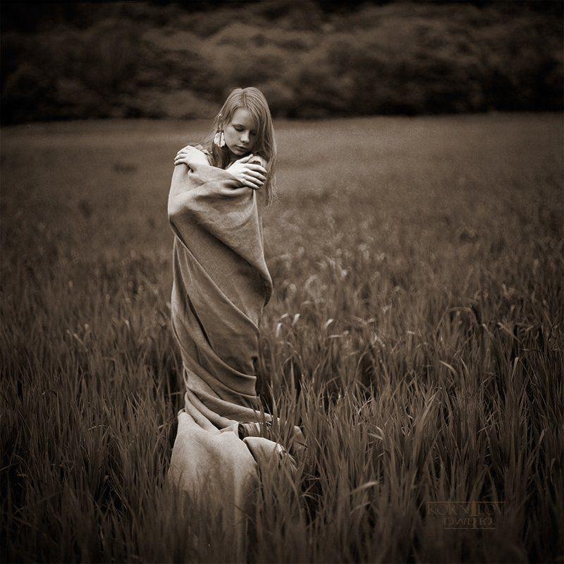 девушка, трава, плёнка, 6x6, средний, формат, киев, 88, ektacolor, северные, земли, дмитрий, корнилов, плёнка, пленка photo preview