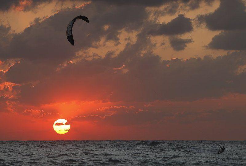 кайт, кайтинг, средиземное море, закат, осень Осень средиземноморьяphoto preview