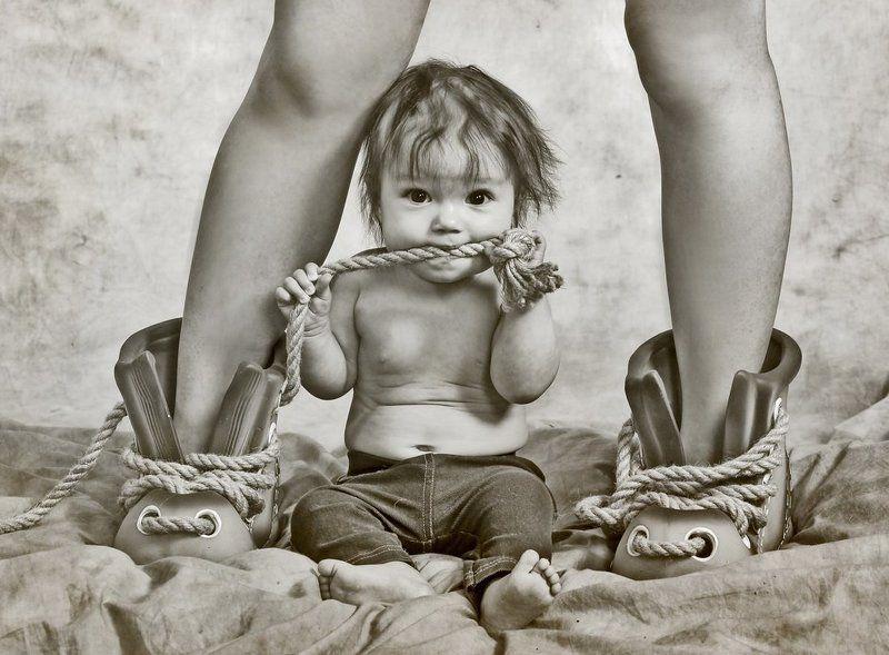 ребенок мауглиphoto preview