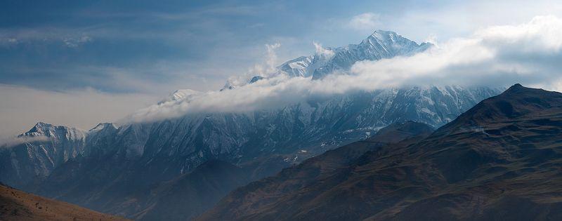 кбр, скалистый хребет, горы, облака, чегемское ущелье Чегем, непогодно...photo preview