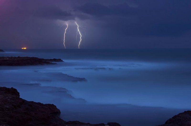 Ночная гроза над моремphoto preview