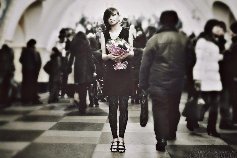 girl, bw, pretty, calm, underground, metro, sweet, kary через минуту ты уйдешь, и в переходах растворишься...photo preview