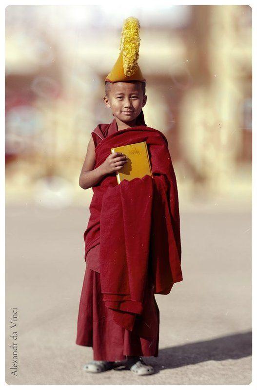 тибет, индия, монахи, буддизм Хорошие людиphoto preview