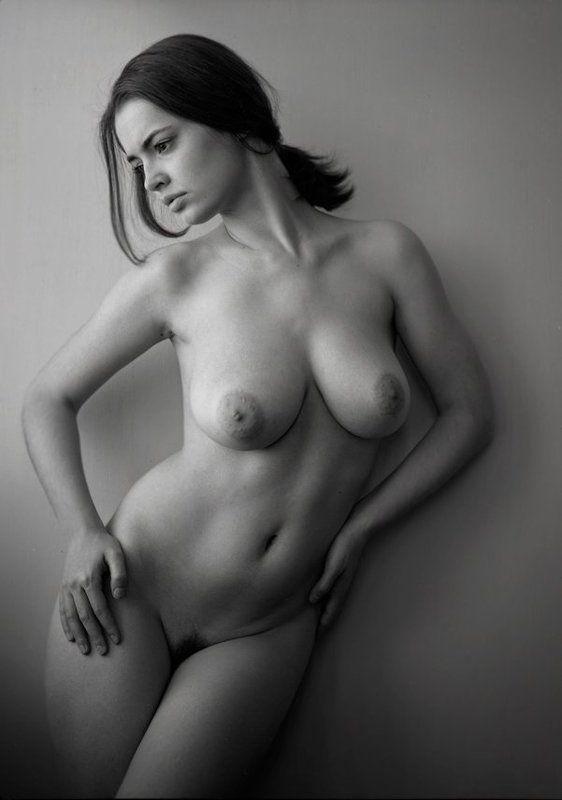 woman,s secretphoto preview