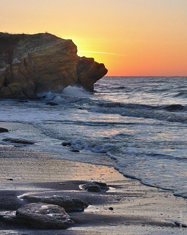 одесса, море, рассвет Рассветный шепот волнphoto preview