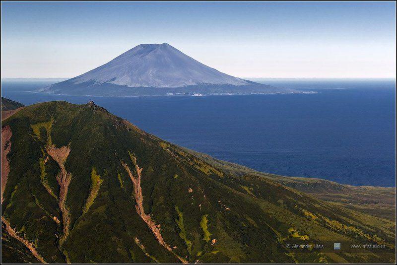 вулкан,остров,алаид,курилы Алаидphoto preview