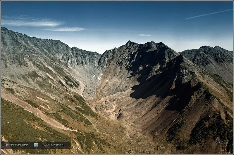 горы,скалы,цирк,камчатка Летняя Поперечнаяphoto preview