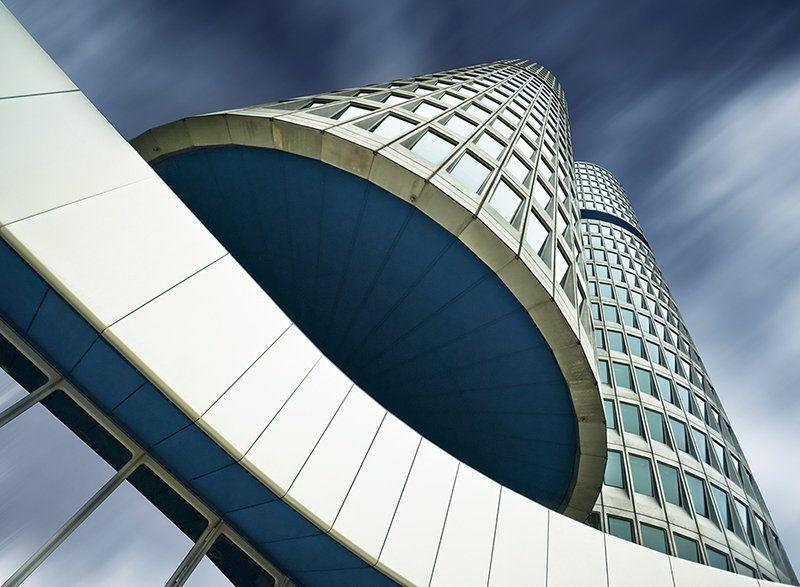 BMW headquartersphoto preview