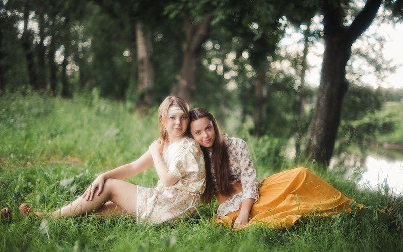 Маша и Алинаphoto preview