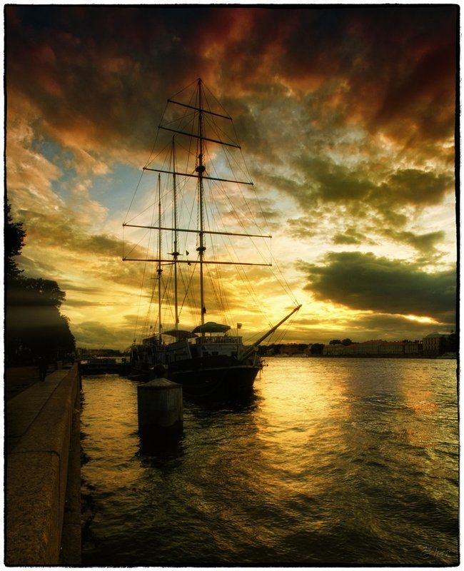 питер, санкт-петербург, нева, закат, парусник, набережная Питерphoto preview
