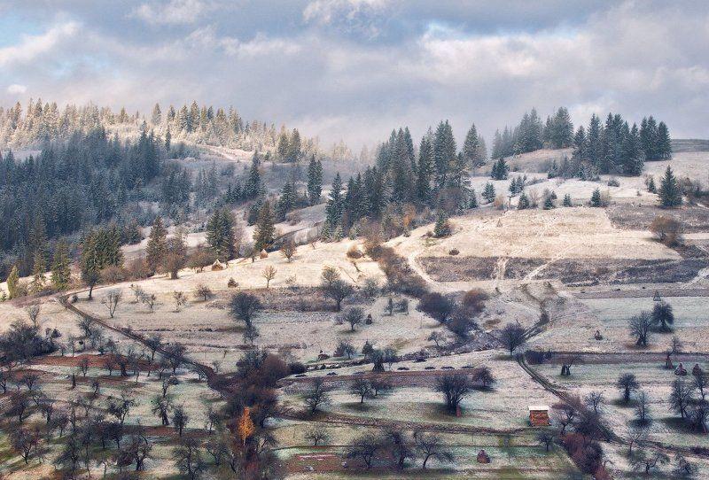 карпаты, утро, деревня, сад ...Зимний сад...photo preview